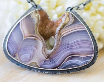 OOAK heirloom lilac LAGUNA Agate necklace with sparkling caramel drusy