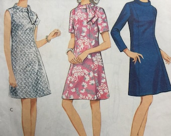 Style Sewing Pattern 2704, Vintage Sewing Pattern, Mod Dress 1960s, Size 12.5