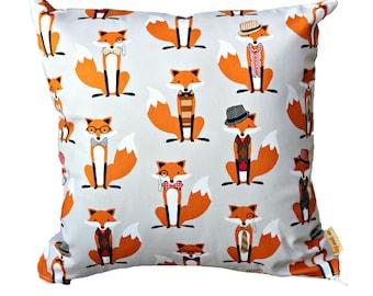 """14"""" Foxy Cushion"""