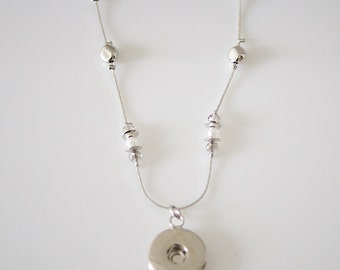 """KB0126  Very Pretty 18"""" Delicate Silver Necklace with Silver/Small Pearl Stations"""