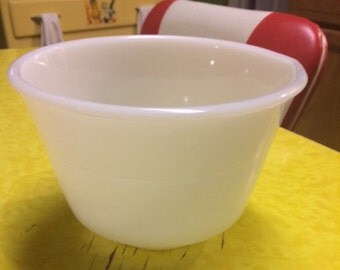 Vintage Sunbeam Glasbake Small White Milk Glass Mixing Mixer Mixmaster Bowl