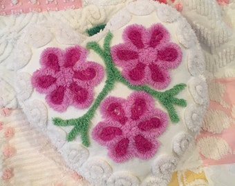 Precious Vintage Lavender Chenille Heart Accent Pillow