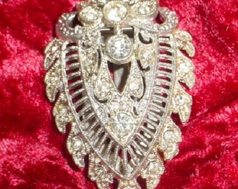 Edwardian Dress Clip
