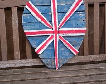 Large driftwood heart in Union Jack style