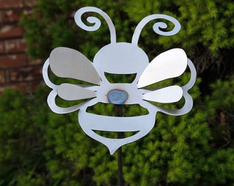 Medium Bumble Bee Yard Stake