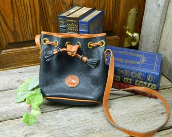 Vintage Dooney & Bourke All Weather Brown and Black Leather Shoulder Purse