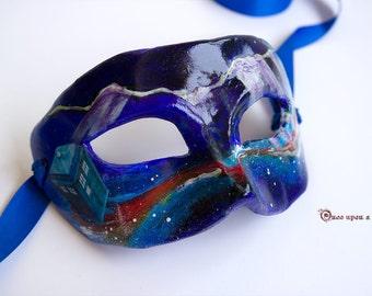 Papillons eyeshield. Venetian papier mache vintage mask.