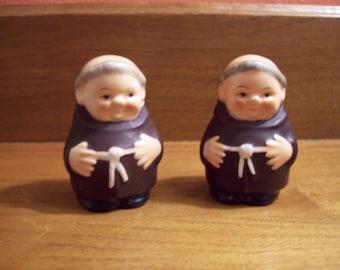 "Vintage Goebel ""Friar Tuck"" Salt & Pepper Shakers - Made in Germany - ca. 1960""s"