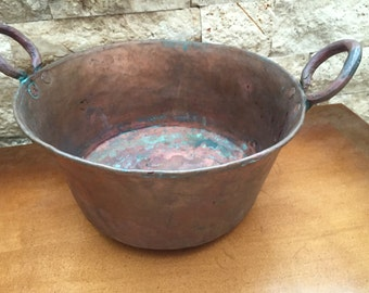 Vintage Hammered  Copper Kettle/Pot ****SALE***