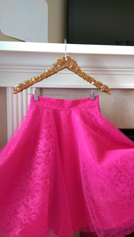 Sequin hanger with clips