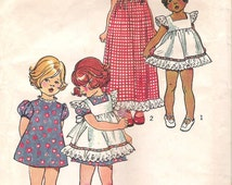 Simplicity 5534 Vintage Pattern CHILD'S PINAFORE and DRESS, Puff Sleeves back zipper set-in sleeves square neckline. Child Size 5