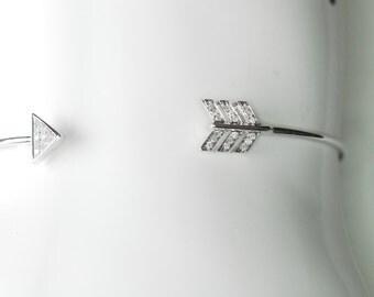 14K White Gold Diamond Arrow Bangle