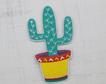 5.5 x 9.5cm, Green Cactus Iron On Patch (P-140)