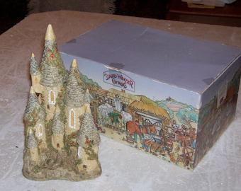 David Winter - Fairytale Castle with original Box