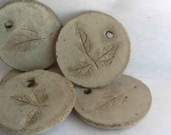 "5  Rustic concrete ""leaf"" ornaments/gift tags"