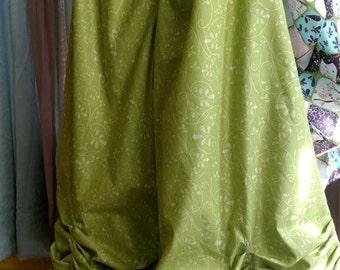 Women's handmade pants / women's handmade bloomers / ruffled pants / ruffled bloomers / Lagenlook pants / Lagenlook bloomers/ wide leg pants