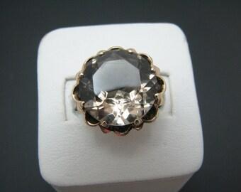 c585 Large Vintage Light Grey Quartz Ring in 10k Yellow Gold Mounting