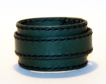 Green Leather Cuff Bracelet! Nice gift for women!Green wrist cuff! Bracelet wof women! Bracelet for men.