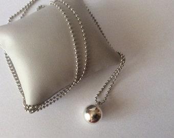 Bola silver necklace