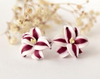 Stargazer lily earrings, Red studs, red flower earrings, dark red, marsala, minimalist tiny earrings, ranunculus romantic, white flower