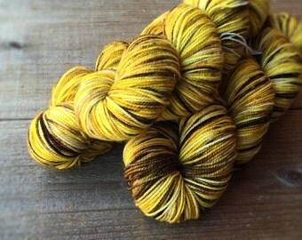 LAZY DAISY American Sock, yarn, superwash merino, American made, knitting, sock yarn, wool