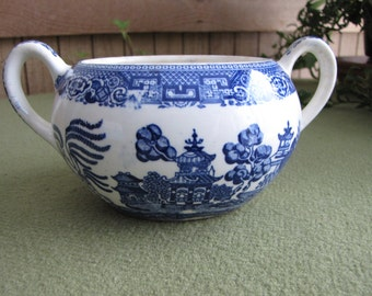 Blue Willow Ware Sugar Bowl Handled Open Sugar bowl Vintage Kitchens