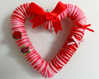 Small Valentine heart wreath/wall decoration
