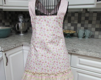 Woman's Pink Floral Ruffled Vintage Apron Great Bridal Shower Gift