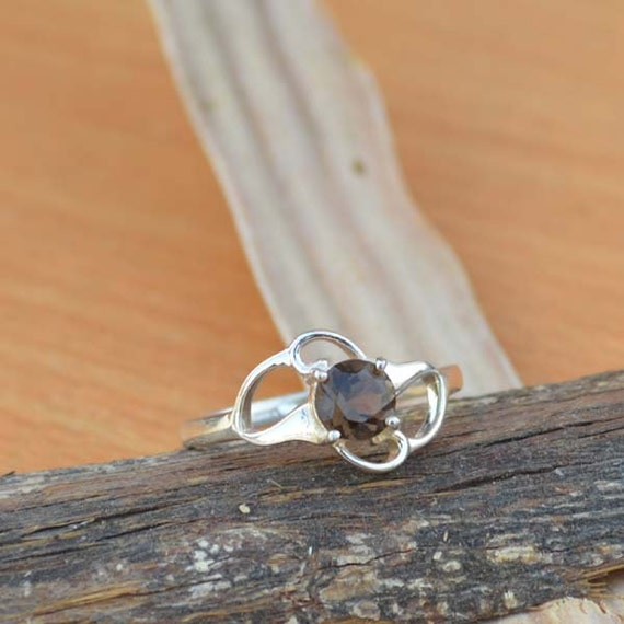 Round Cut Smoky Quartz Gemstone, 925 Sterling Silver, Round Brown Gemstone Ring,  Artisan Bezel Set Ring, Mother's Gift Jewelry Size 6