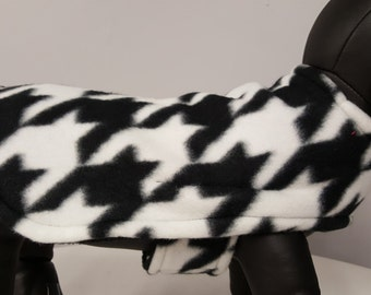Solid Anti- Pill Fleece Coat in Black and White Hounds tooth