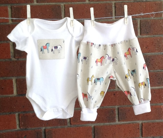 Unisex Baby Beige Cotton Clothes Horses Gender Neutral
