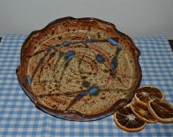 baking dish, quiche dish, pie plate, casserole dish, baking, casserole, pottery dish