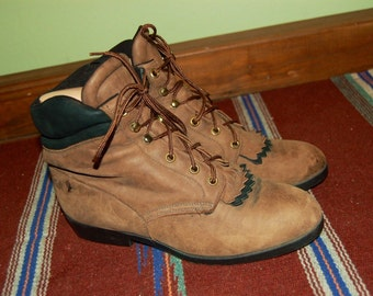 Women Size 8 1/2 Vintage Laredo Brown Leather Ankle Boots