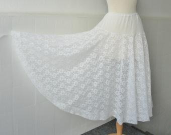 White 60s Vintage Lace Tulle Petticoat/Skirt // Vibonet // Size 42 // Made In Denmark