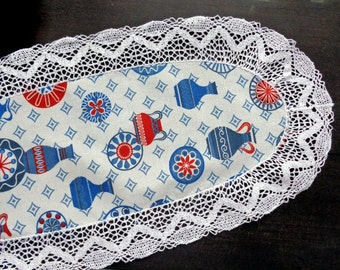 Vintage white oval doily with lace border