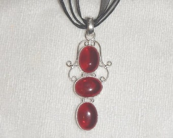 PAY IT FORWARD - Triple stone garnet pendant necklace set in .925 sterling silver (P027-10)
