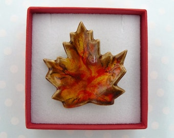 Vintage Leaf Brooch in Autumn Colours
