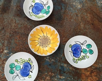 Vera Neumann Bowls Island Worcester Salad Days Sunflower Ladybug Fruit hand painted