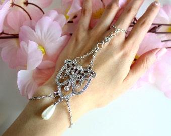 Charlotte Hand Chain