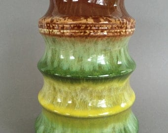 Strehla  1407, stunning green / yellow Op Art  vase Mid Century Modern 1960s  East German Pottery. GDR.