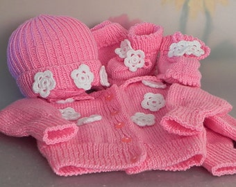 Knitted Newborn Outfit Knitted Baby Outfit Baby Girl Outfit Coming Home Set Pink Baby Outfit Antiallergic Outfit Take Home Outfit 1-3 Months