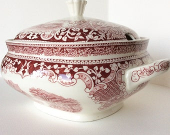 Antique soup tureen. Red transferware.Royal Sphinx 1910-1920's. Antique tureen.Earthenware.Ironstone. Red transfer ware. Tureen.Soupiere.