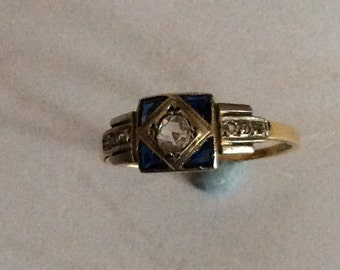 Stunning Art Deco sapphire and diamond ring in 18ct gold and platinum