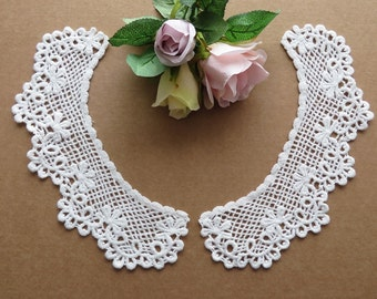 Pretty cotton guipure lace collars, vintage style, 1 pair. Please choose white or natural cream.