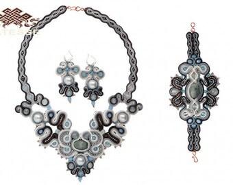 3-piece set of women's decorations made of gem beads
