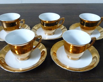 Set of Five Mid Century Vintage Gold Coffee Demitasses Cups and Saucers Czechoslovakia
