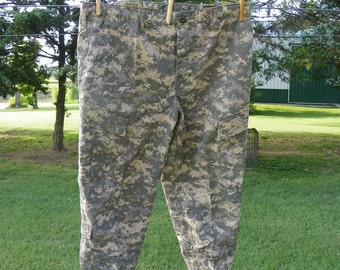 Supplies • NEW No. 1 Permethrin Insect Guard Army Combat Camouflage Uniform Trousers Pants Fabric | ACU Digital Camo | Large Short Trouser