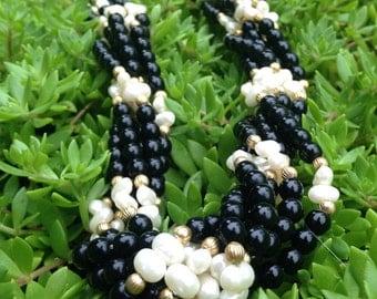 Vintage Black Beaded Pearl Necklace