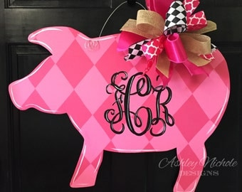 Pink Pig, Wooden Door Hanger, Door Decor, Farm Animal