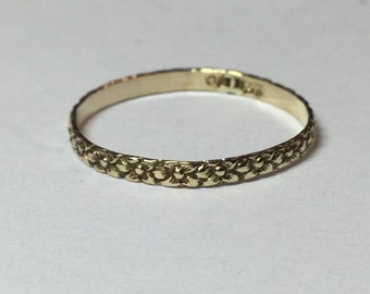 Vintage 10k Yellow Gold Ostby Barton Baby Pinky Floral Band Ring